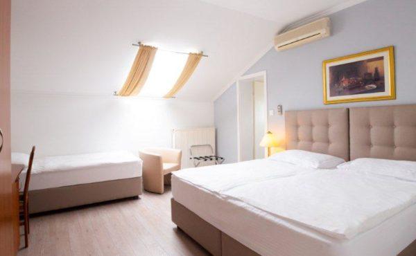 4b30acfcd063 Home - Hotel Vila Tina